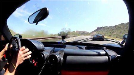 ferrari-enzo-vs-corvette-640x359-6029165