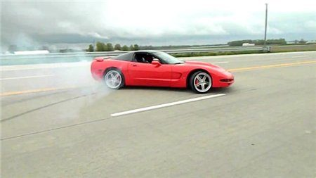 corvette-drifting-fail-640x360-4780105