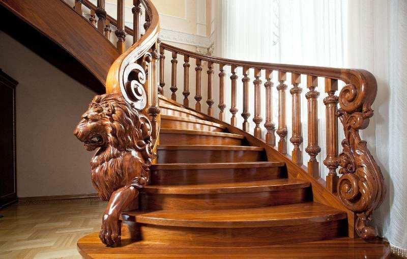 Деревянные балясины и столбы для веранды: плоские, резные