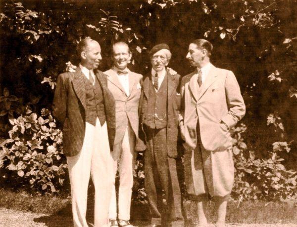 Альфред Картье со своими сыновьями