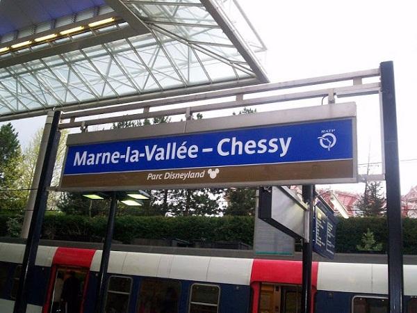 Метро до Диснейленда в Париже