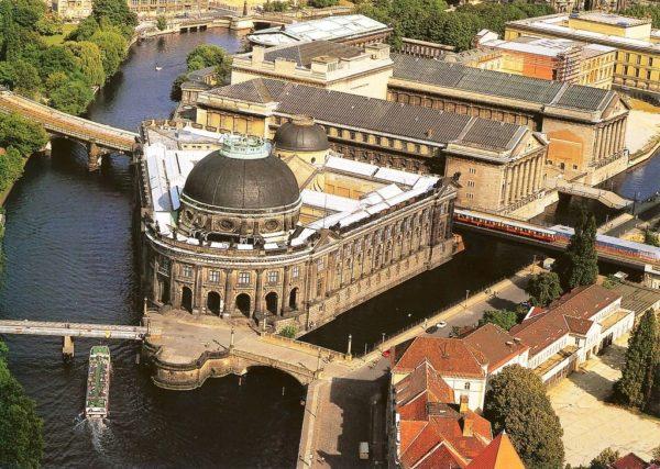 Историко-культурный комплекс – музейный остров в Берлине
