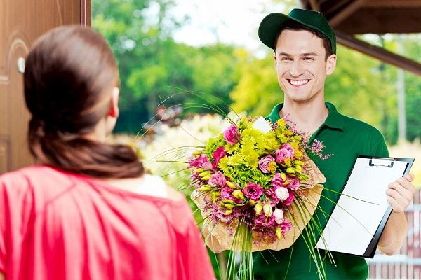 Доставка цветов по России на дом