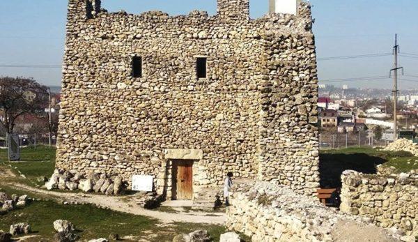 Сейчас, «Неаполь Скифский» - одна из главных достопримечательностей города и место историко-культурного значения всего полуострова