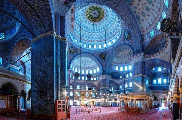 Голубая мечеть изнутри