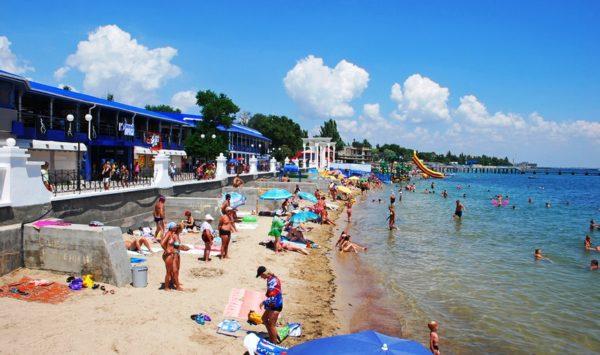 Евпатория центральный пляж