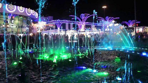Поющие фонтаны на площади Сохо в Шарм-эль-Шейх