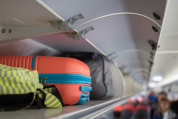 carry-on-bags-in-overhead-compartment