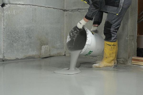 Как выронить пол с помощью цементного наливного пола