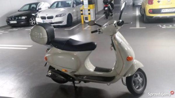 skuter-vespa-2711194
