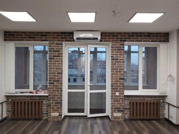 dveri-balkon-1588111