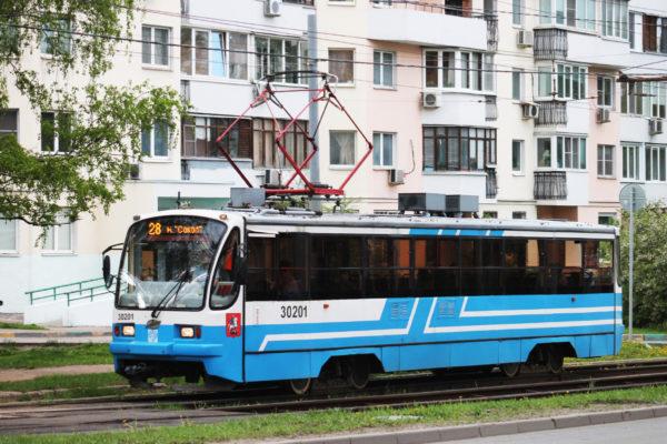 Общественный транспорт трамвай