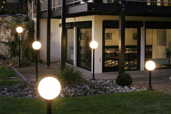 Системы освещения для дома и улицы