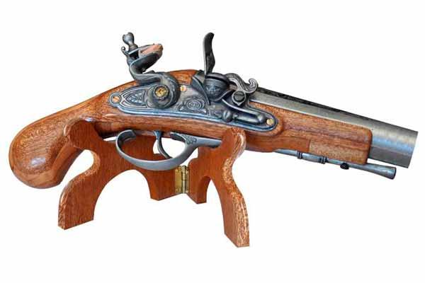 Причины популярности сувенирного оружия
