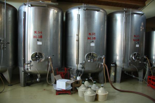 резервуары для хранения спирта