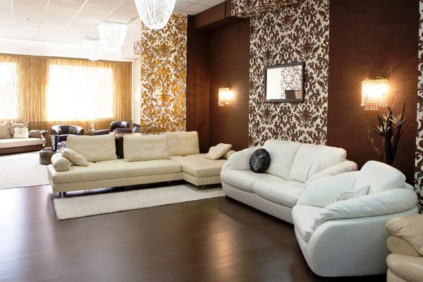 Какие обои выбрать для зала и гостиной: советы от магазина обоев oboi.kz