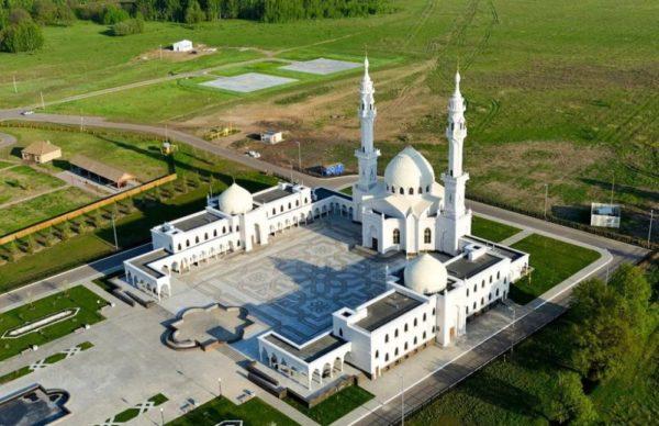 white-mosque-in-bolgar-6